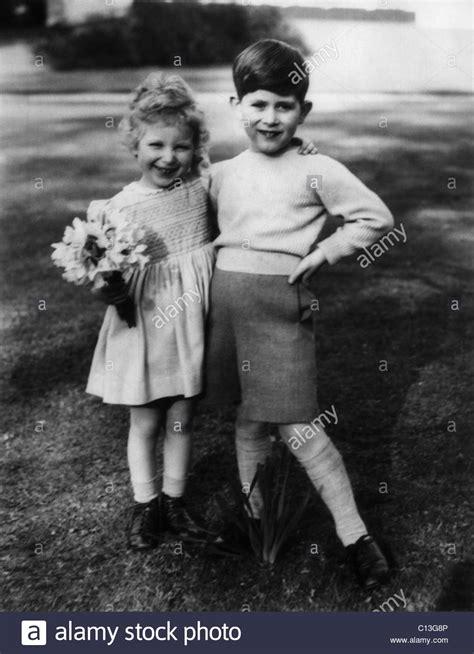 (gestorben 2002) • rätsel hilfe nach anzahl der buchstaben • filtern durch bereits bekannte buchstaben • die einfache online. Schwester Der Königin Elizabeth Ii Stockfotos & Schwester ...