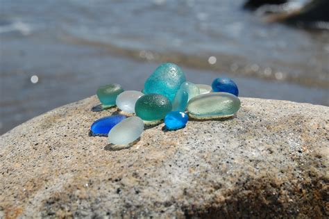 sea glass l beachcombing pictures posters news and on your