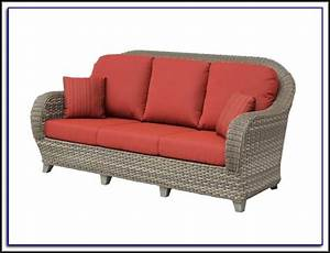 Curved outdoor sofa cover patios home decorating ideas for Outdoor furniture covers for curved sofa