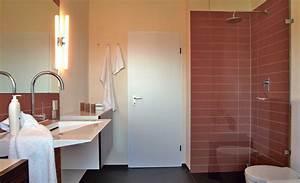 Fliesen Wand Bad : bad mit fliesen und putz bad fliesen ~ Markanthonyermac.com Haus und Dekorationen