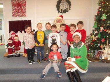 scholars preschool 996 | little scholars preschool boys with santa