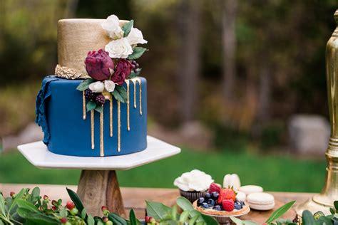 iced custom cakes satin ice