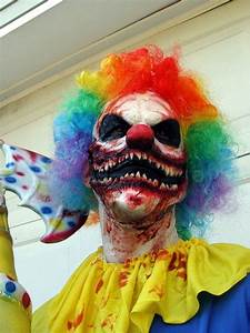 Gruselige Halloween Kostüme : pin von coco noire auf halloween 2014 pinterest halloween halloween ideen und kost m ~ Frokenaadalensverden.com Haus und Dekorationen