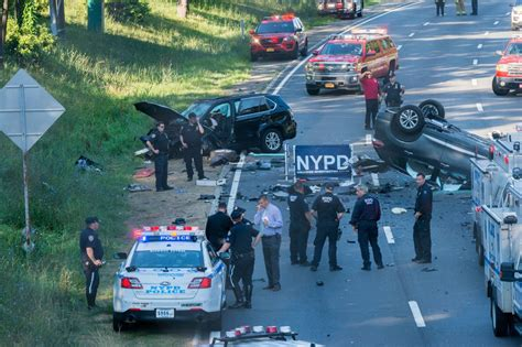 dead  injured   car crash  grand central parkway  queens ny daily news