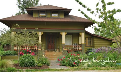 The Daily Bungalowclassic Cottage Wwwantiquehomeorg