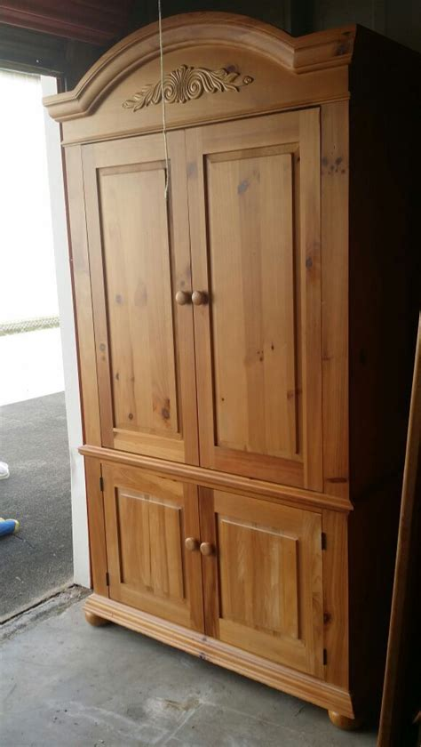 broyhill fontana armoire entertainment center furniture