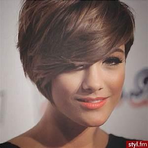 Coiffure Tendance 2016 Femme : coupes courtes pour femmes tendance 2016 coiffure simple ~ Melissatoandfro.com Idées de Décoration