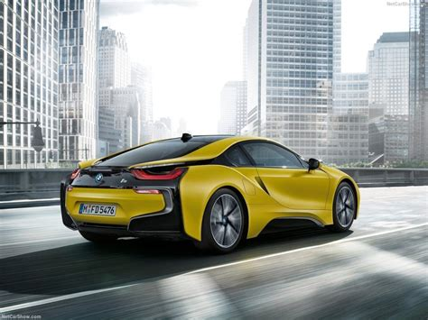 bmw  protonic frozen yellow price specs