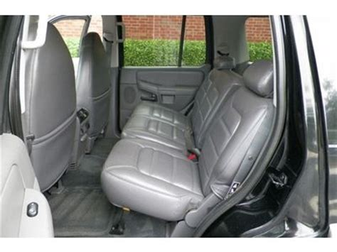 sell   ford explorer xlt  leather seats sunroof