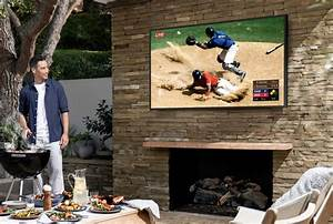 samsung launches its outdoor 4k qled tv 39 the terrace