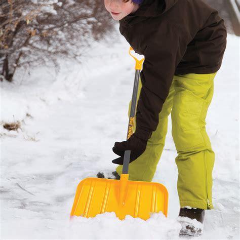 poly kids snow shovel   grip true temper