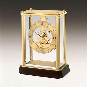 Seiko gold tone glass display case mantel clock qhg glh
