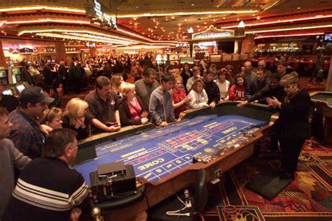 las vegas table games casino gaming craps vegasbuzz com