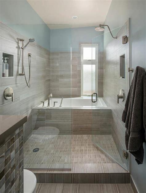 ameublement de salle de bain rideaux ou parois originaux