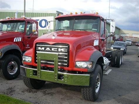 images  trucks mack  pinterest truck