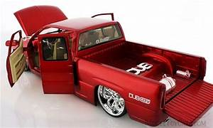Chevy Silverado Pickup Truck Red Jada Toys Dub City 63112 118 Scale Diecast Model Car