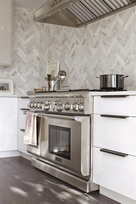 Marble Tile Kitchen Backsplash by Modern White Kitchen Marble Tile And Thermador Home