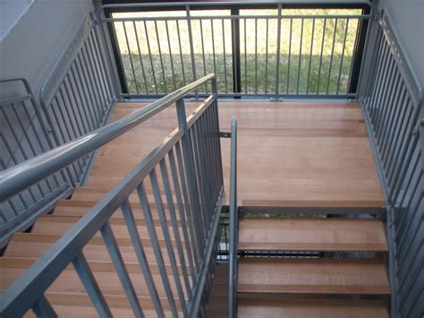escalier pour erp pmr et 233 tablissements scolaires