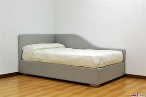 Single bed with decorative chaise lounge for your children's bedroom with two headboards