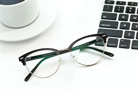 Luxury as a result of sheer purity. 48+ Plastic Eyeglasses With Adjustable Nose Pads PNG - treadpapmaci