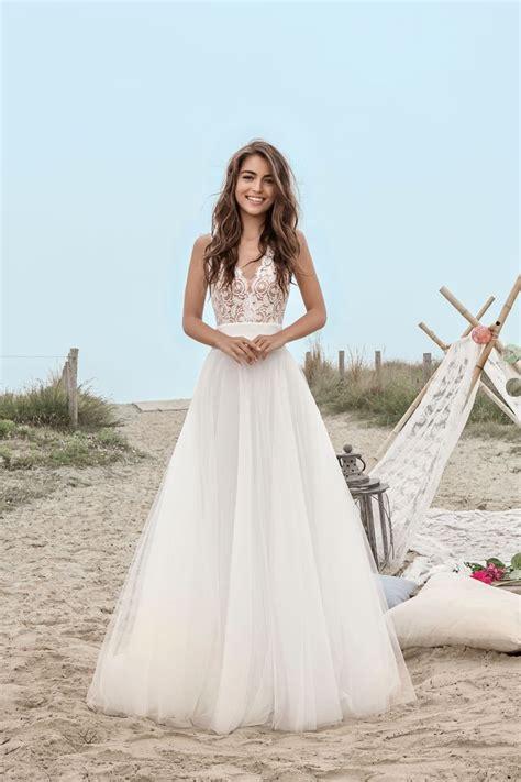 robe de mariee moderne et originale les 25 meilleures id 233 es de la cat 233 gorie robes de bal sur robe de bal robes de