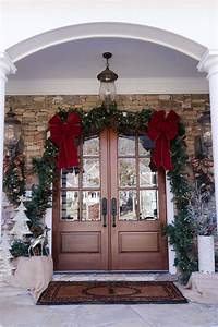 How, To, Decorate, Your, Front, Door, For, Christmas