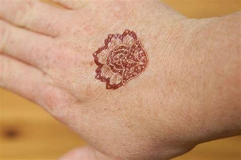 remove henna tattoo ink livestrongcom