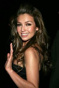Thalia biography, birth date, birth place and pictures