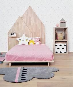 Tapis chambre rose elegant tapis microfibre pour chambre for Tapis enfant avec canapé lit microfibre