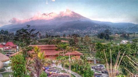 wisata tawangmangu suguhkan panorama pegunungan