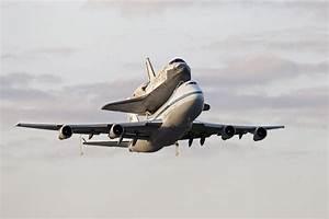 Space Shuttle Discovery Is On Its Last Flight   WAMC