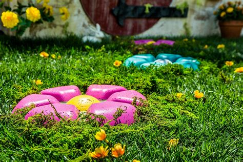 stepping stones garden creating mosaic stepping stones in your garden