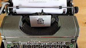 Working Vintage Early 1940 U2019s Underwood Champion Manual