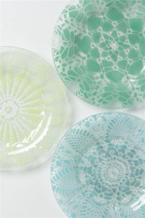 Doily Dessert Plates Frosted