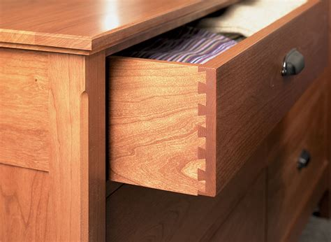 drawer dresser woodworking project woodsmith plans