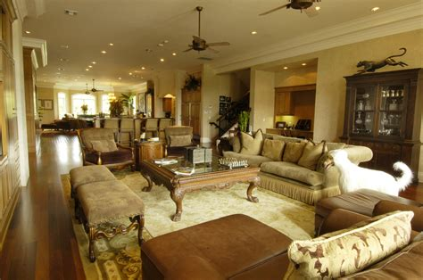 Decorating Ideas For Family Room Kitchen Combination by Kitchen Living Room Combo Ideas Homesfeed