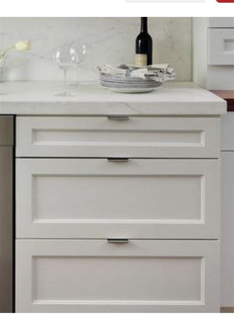 pin  ashton swann  honeycomb white shaker kitchen