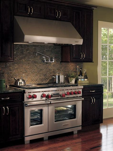 wolf dfg   pro style dual fuel range   dual stacked sealed burners dual oven