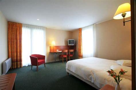 chambre pmr les chambres de l 39 hôtel hôtel aloé