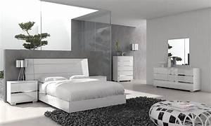 White bedroom furniture sets master modern contemporary for Contemporary bedroom furniture sets