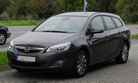 Opel Astra J by File Opel Astra Sports Tourer Edition J Frontansicht