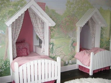 Wonderful Girls' Beds In The Shape Of Houses