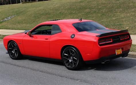 2016 Dodge Challenger R/t Plus