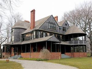 Shingle Style and American Arts and Crafts DesignerGirlee