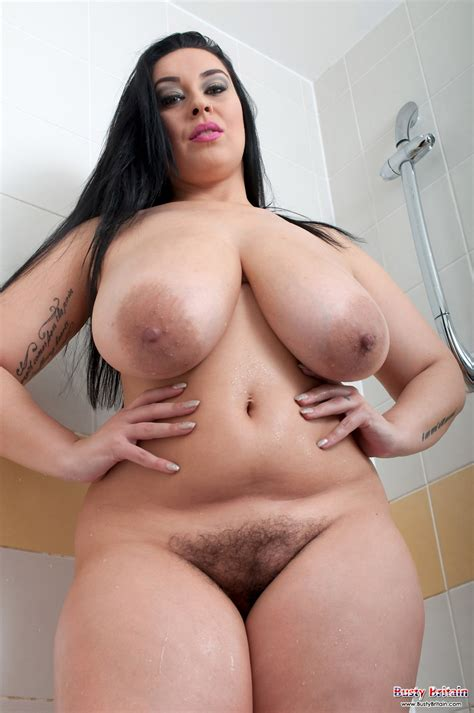 Anastasia Lux Naked Shower for Busty Britain - Curvy Erotic