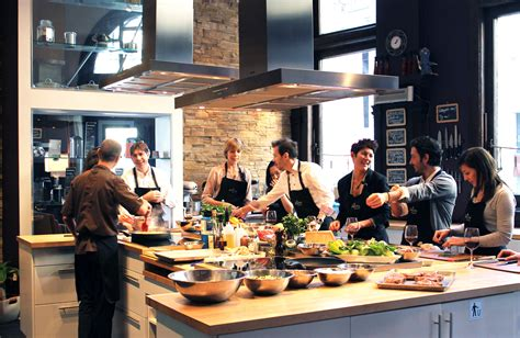cours de cuisine pic ateliers saveurs école de cuisine cocktails et vins
