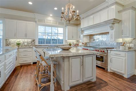 Faircrest Cabinets Aspen White by 37 Gorgeous Kitchen Islands With Breakfast Bars Pictures