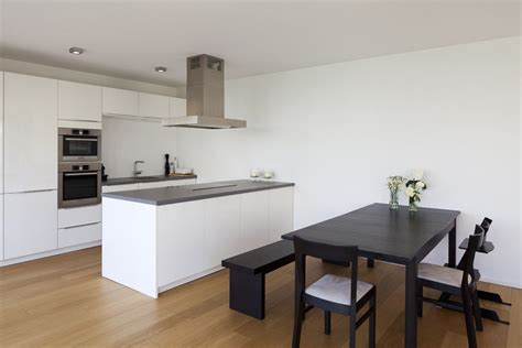 Offene Küchen Mit Kochinsel by Haus W Offene Moderne K 252 Che Mit Kochinsel Und
