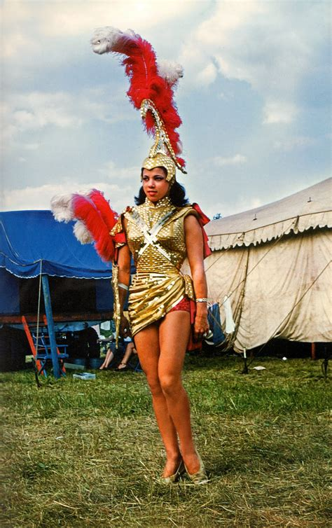 circus performers   vintage everyday