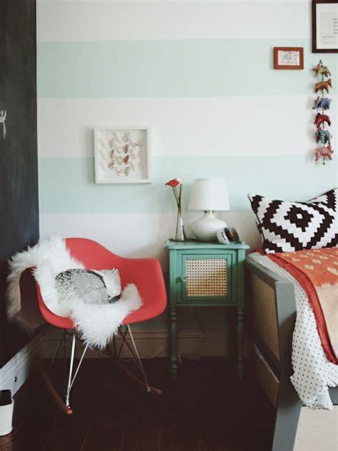 chambre en palette 26 idées pour déco chambre ado fille archzine fr